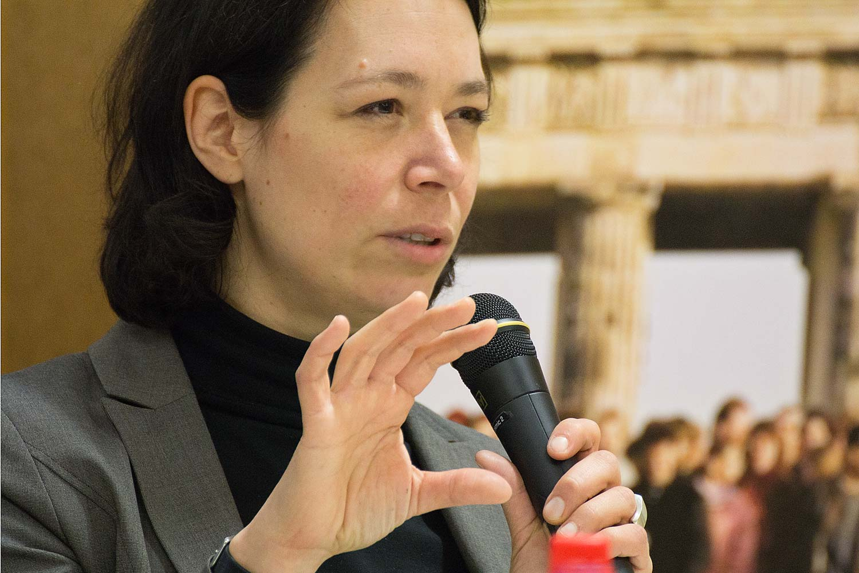 Dr. Sabine Moller
